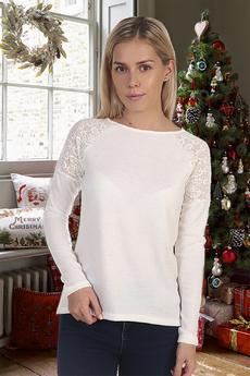 Блуза с гипюровыми вставками на плечах Натали